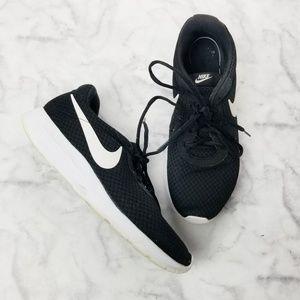 Men's Nike Tanjun Sneakers Black/White